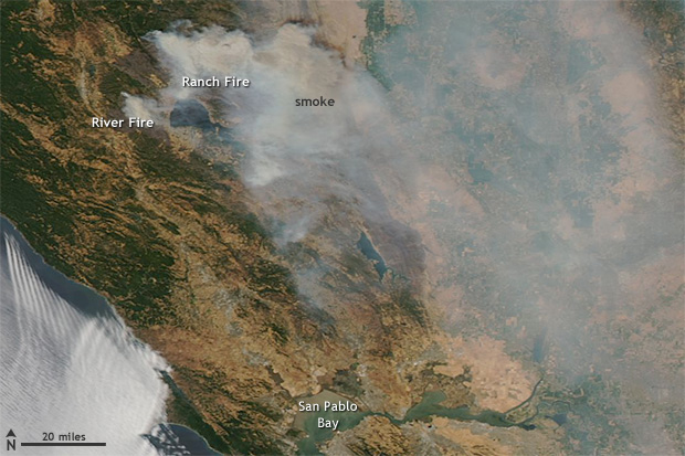 satellite image of fires and smoke near Clear Lake, California on August 6, 2018