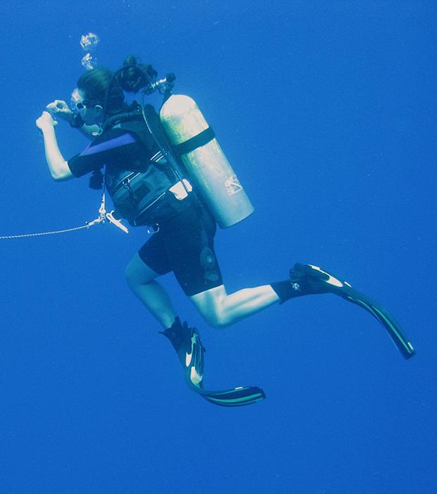 Kat Allen scuba diving in Puerto Rico