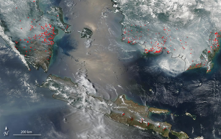 Satellite image of smoke over western portion of Indonesia in 2002
