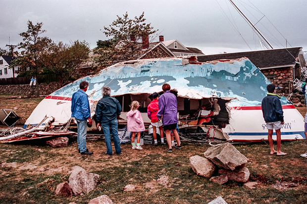 [Photo] Family surveys storm damage