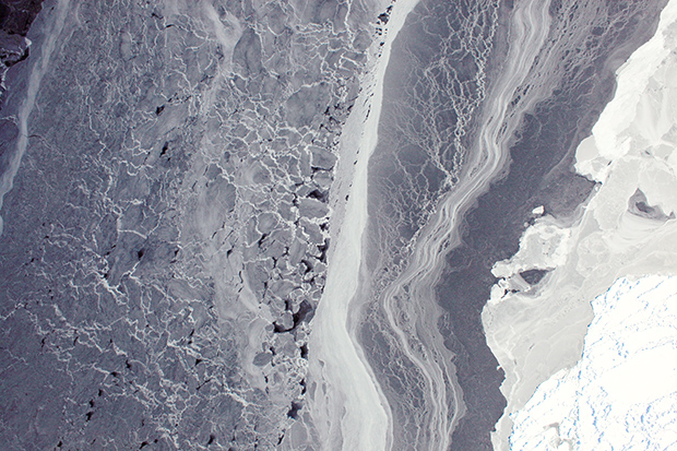 Aircraft camera photo of a mixture of thin and heavily compacted sea ice in Antarctica's Amundsen Sea on October 19, 2009